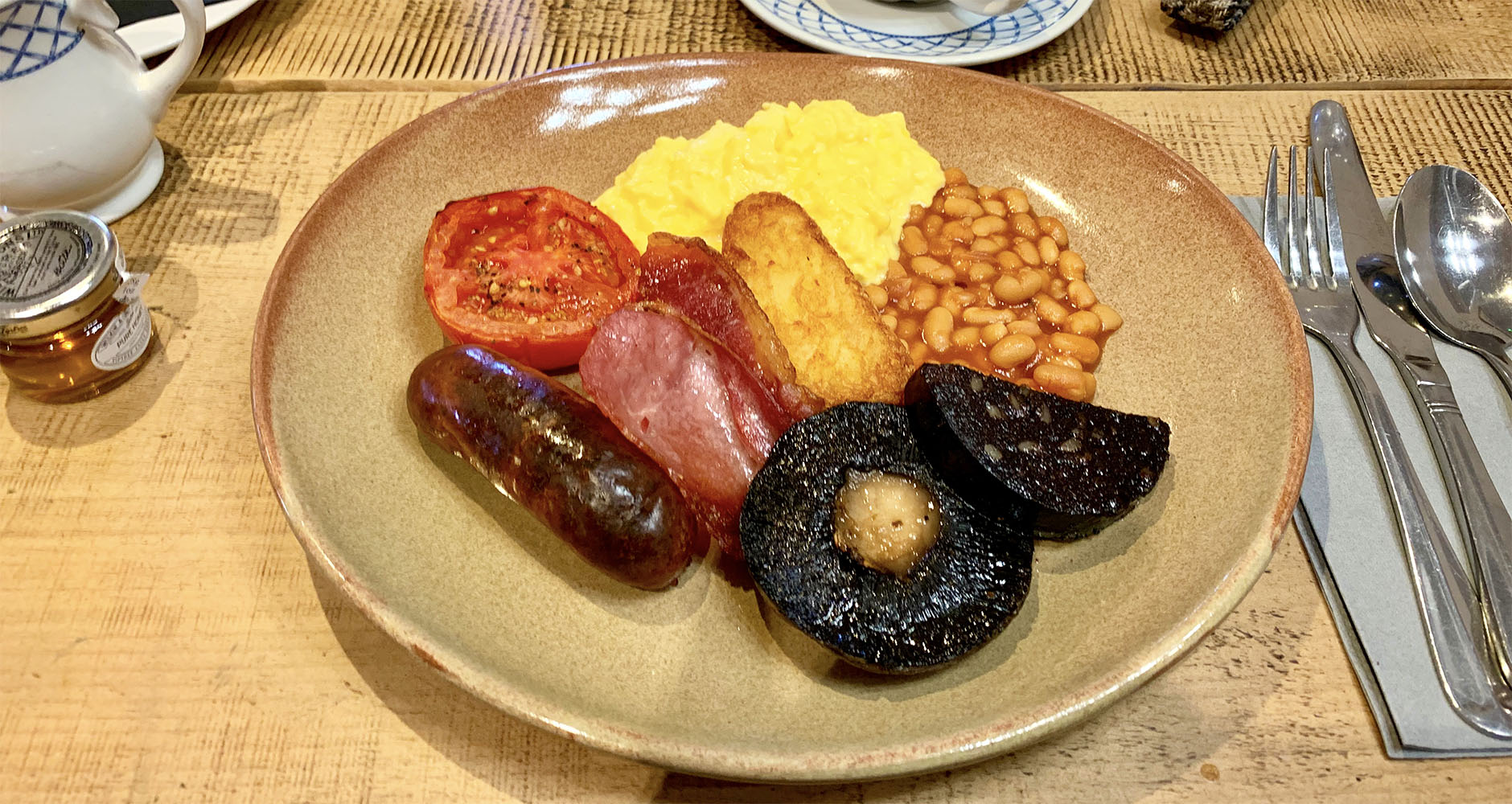 The Bell Inn farmhouse breakfast